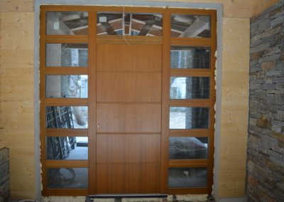 Entry doors (11)
