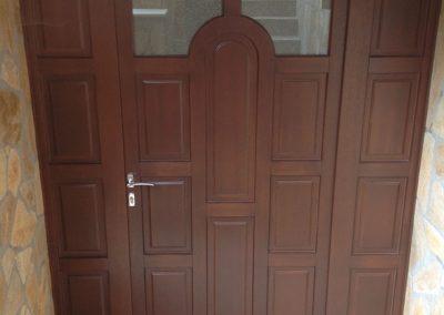 Entry doors (18)